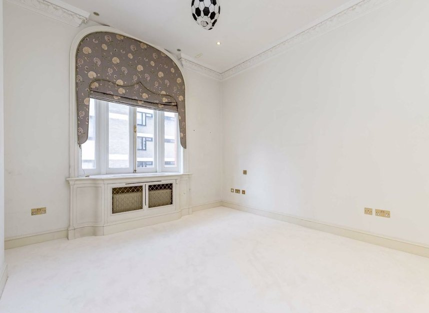 Properties to let in Hill Street - W1J 5NW view6