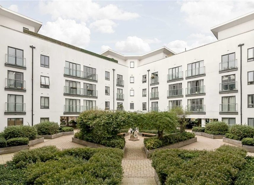Properties to let in Holford Way - SW15 5DH view1