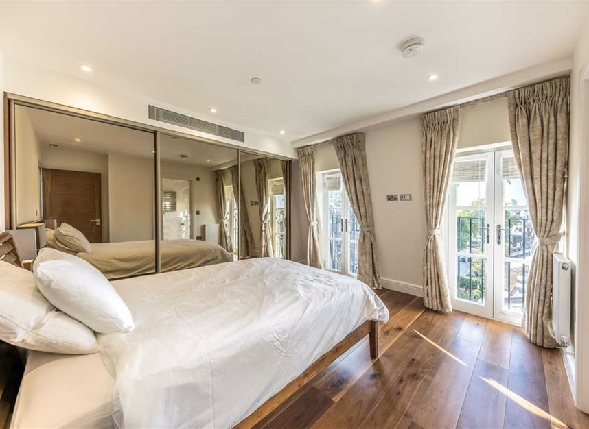 Properties to let in Hyde Park Gate - SW7 5EW view5
