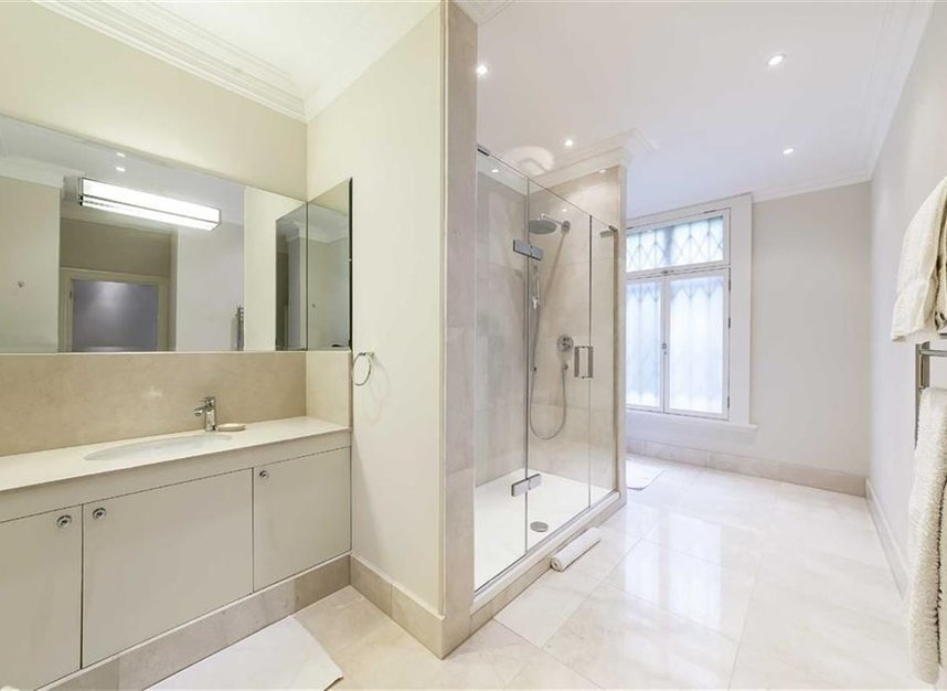 Properties let in Hyde Park Place - W2 2LH view6