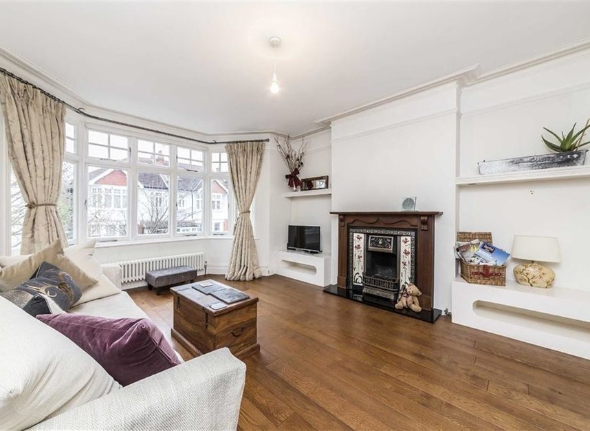 Properties to let in Kenilworth Avenue - SW19 7LP view2