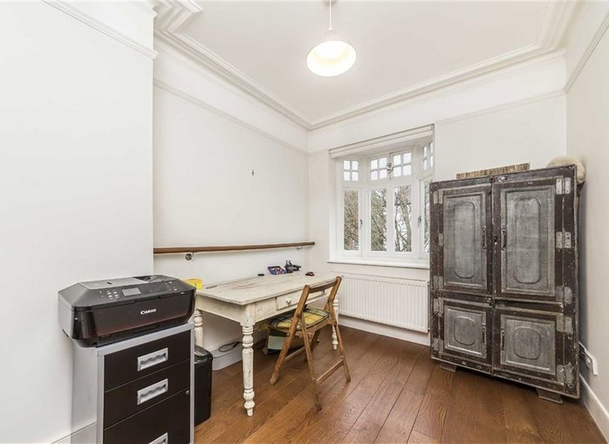 Properties to let in Kenilworth Avenue - SW19 7LP view5