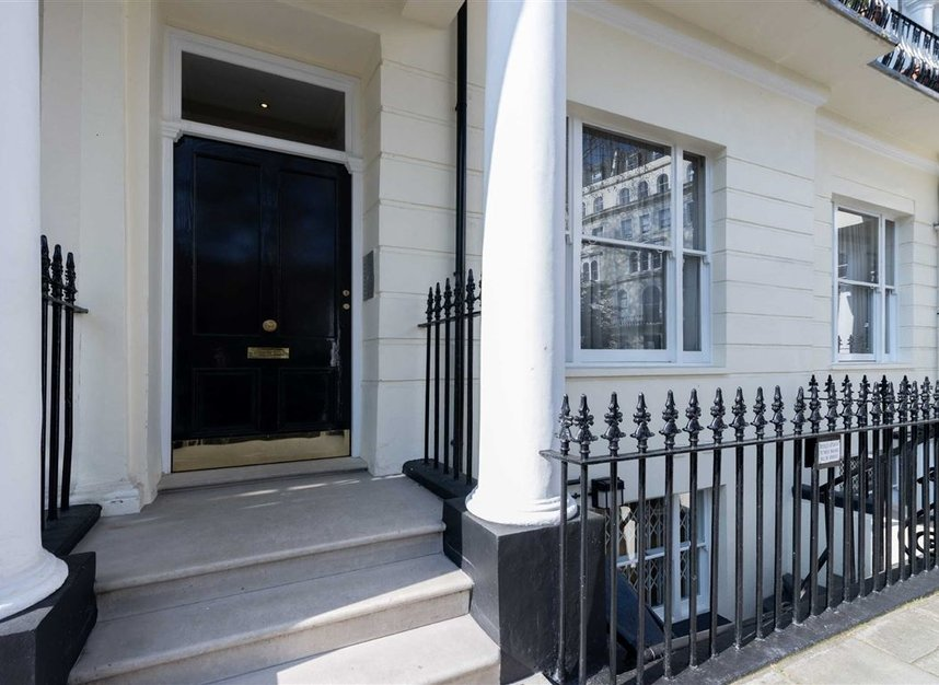 2 Bedrooms 1 Bathrooms short let flat to rent in Kensington Gardens Square - W2 4BG view6