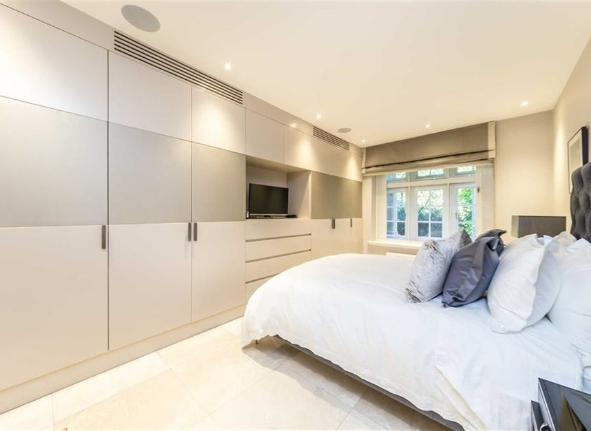 Properties to let in Knightsbridge - SW1X 7JP view6