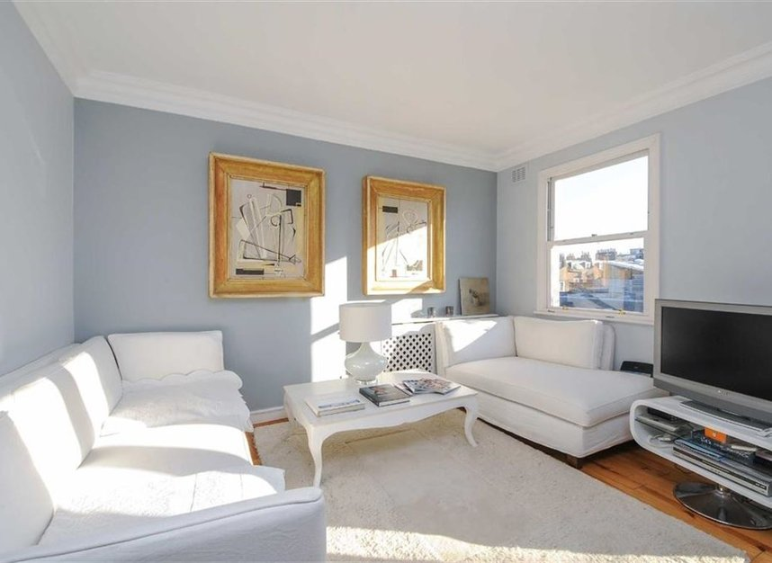 Properties to let in Lambton Place - W11 2SH view2