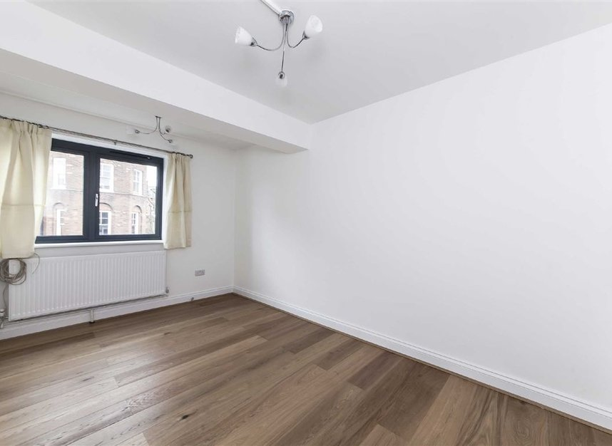 Properties let in Lanfrey Place - W14 9PP view4