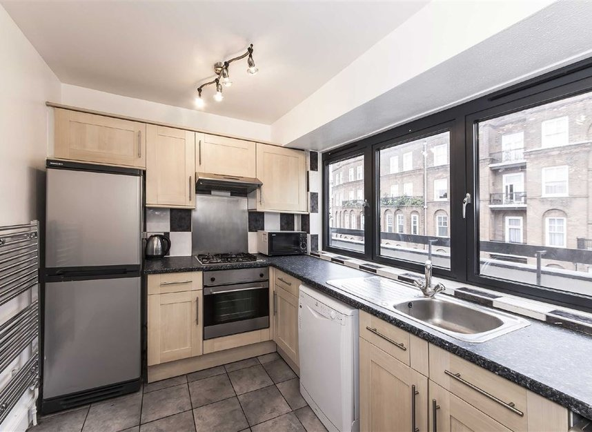 Properties let in Lanfrey Place - W14 9PP view3