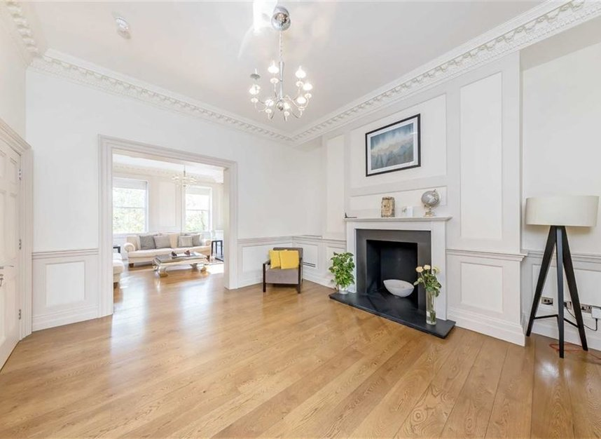 Properties to let in Lincoln's Inn Fields - WC2A 3BP view5