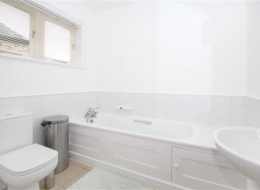 Properties to let in Linkfield Road - TW7 6QG view7