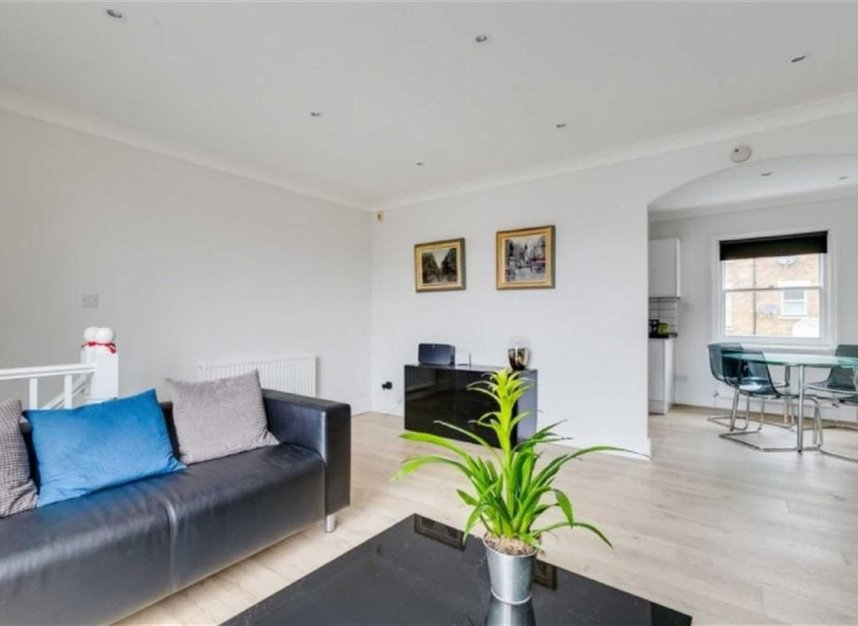 Properties to let in Marryat Square - SW6 6UA view3