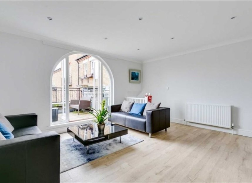 Properties to let in Marryat Square - SW6 6UA view2