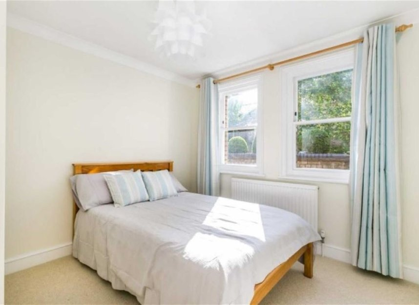 Properties to let in Marryat Square - SW6 6UA view6