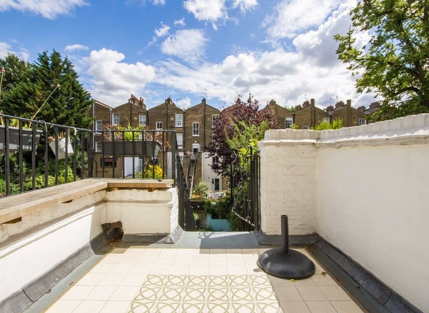 Properties to let in Morton Road - N1 3BE view9