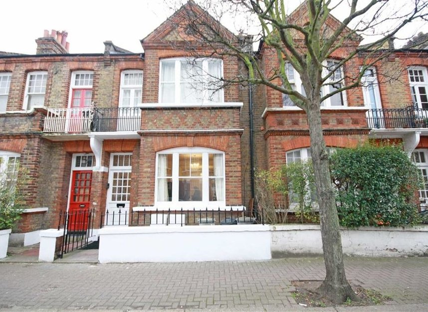 Properties to let in Norroy Road - SW15 1PH view1