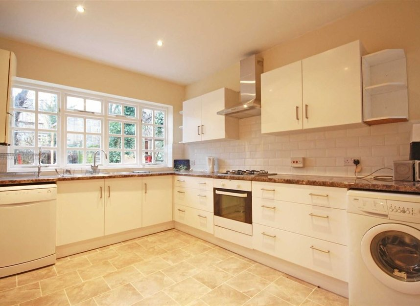 Properties to let in Norroy Road - SW15 1PH view3