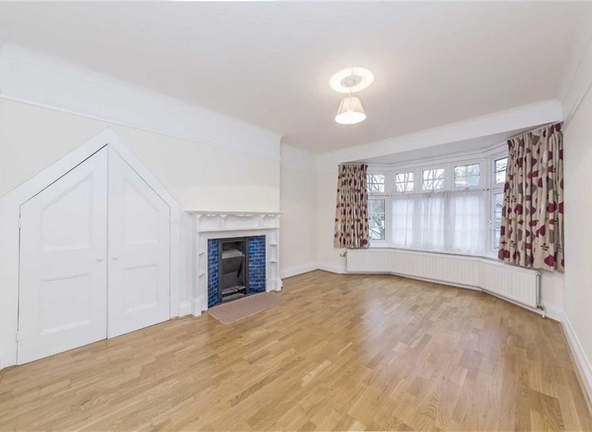 Properties to let in North End Road - NW11 7RH view5