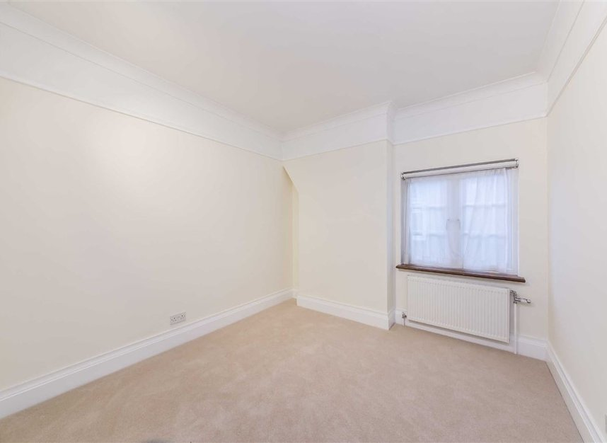 Properties to let in North End Road - NW11 7RH view7