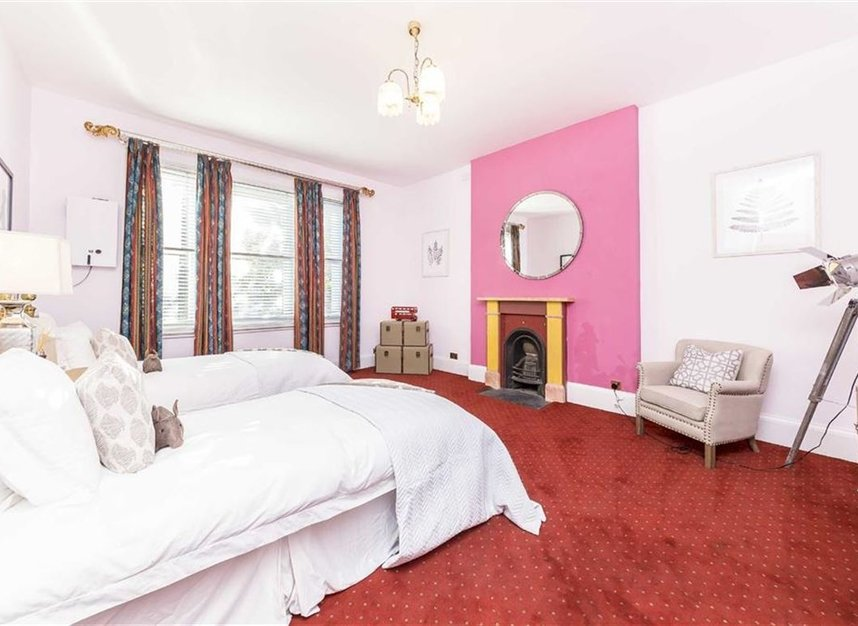 Properties to let in Philbeach Gardens - SW5 9EE view14