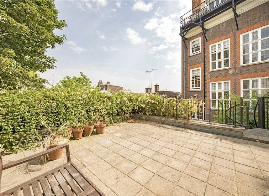 Properties to let in Pilgrims Lane - NW3 1SJ view13