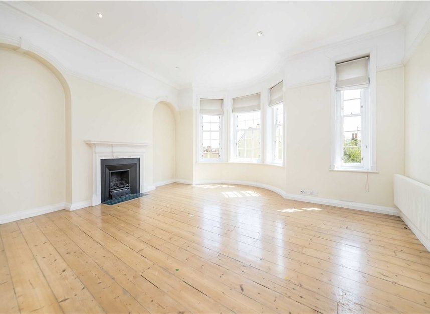 Properties to let in Pilgrims Lane - NW3 1SJ view3