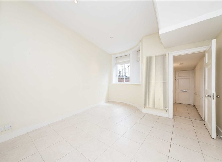 Properties to let in Pilgrims Lane - NW3 1SJ view11