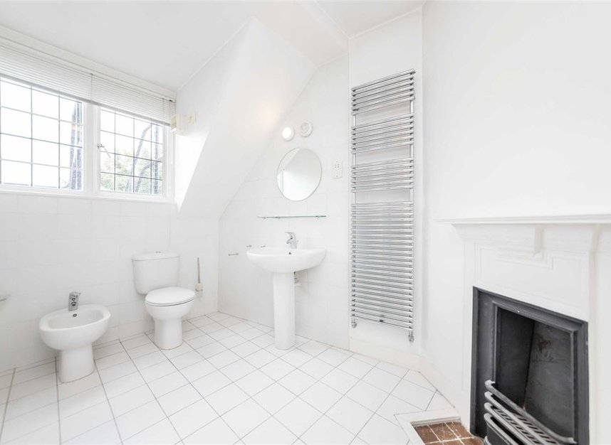 Properties to let in Pilgrims Lane - NW3 1SJ view6