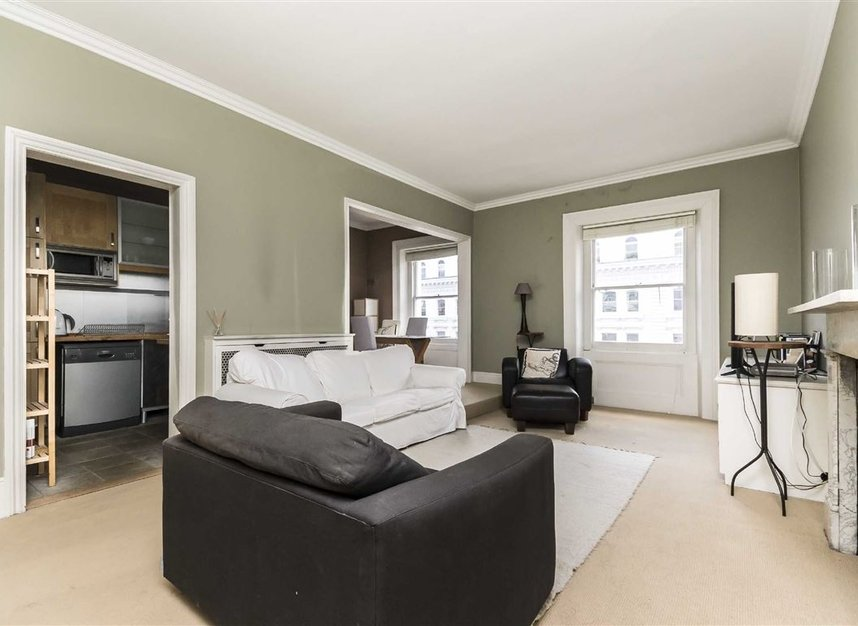 Flat to rent in queen 39 s gate terrace london sw7 dexters for Queens gate terrace