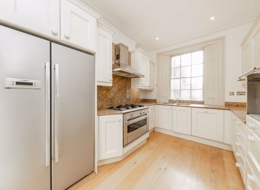 Properties to let in Queens Grove - NW8 6EL view3
