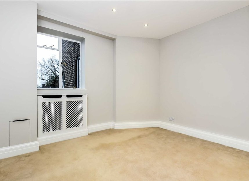 Properties to let in Roehampton Lane - SW15 5LX view6