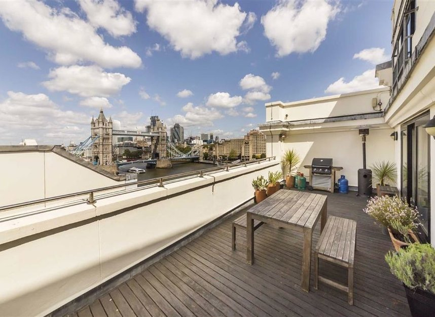 Properties to let in Shad Thames - SE1 2YE view3