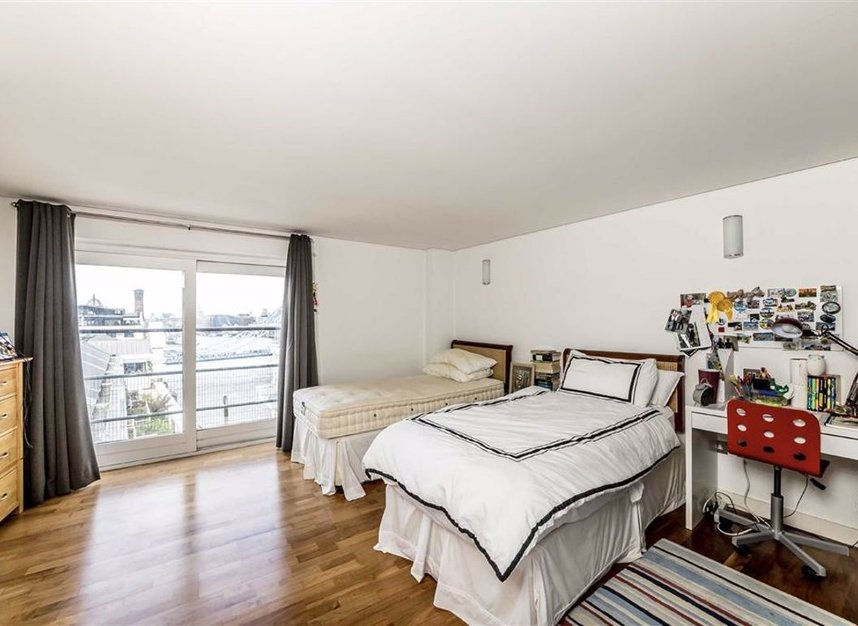 Properties to let in Shad Thames - SE1 2YE view7