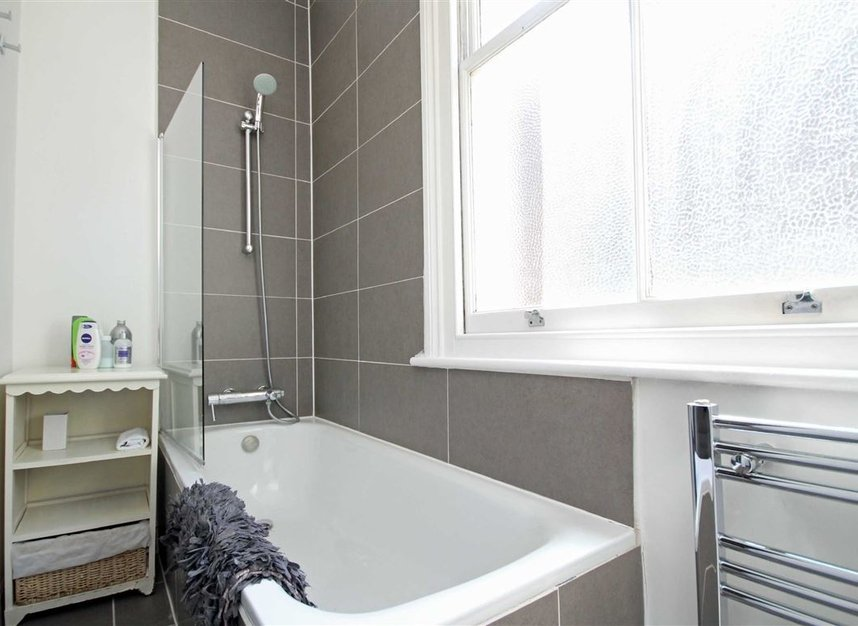 Properties to let in Shirland Road - W9 3JE view4