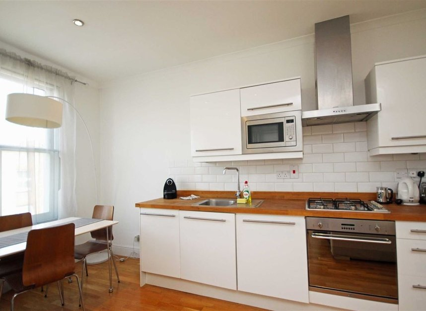 Properties to let in Shirland Road - W9 3JE view2