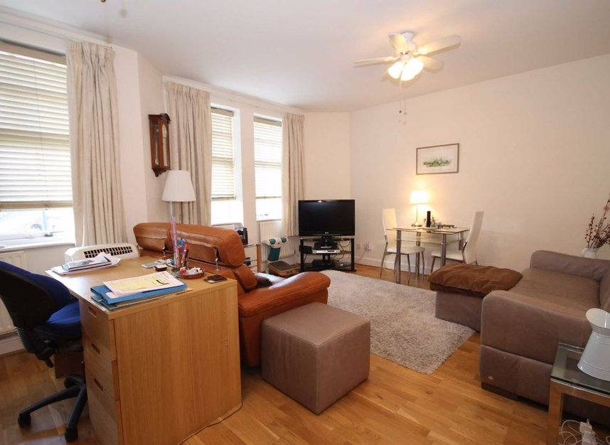 Properties to let in South Worple Way - SW14 8ND view4