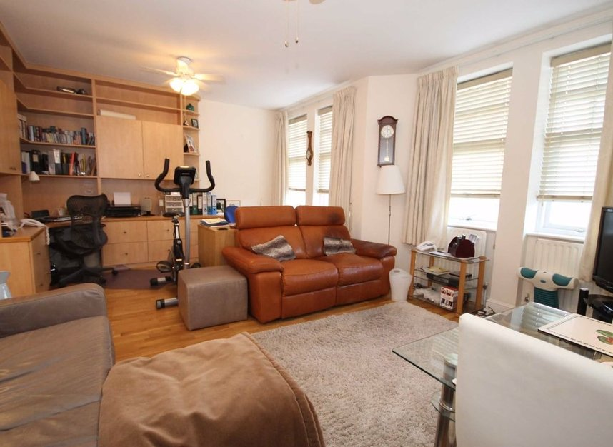 Properties to let in South Worple Way - SW14 8ND view5
