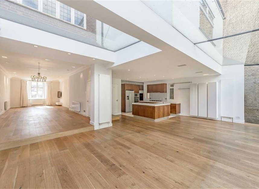 Properties to let in St. Johns Wood Road - NW8 8RB view2