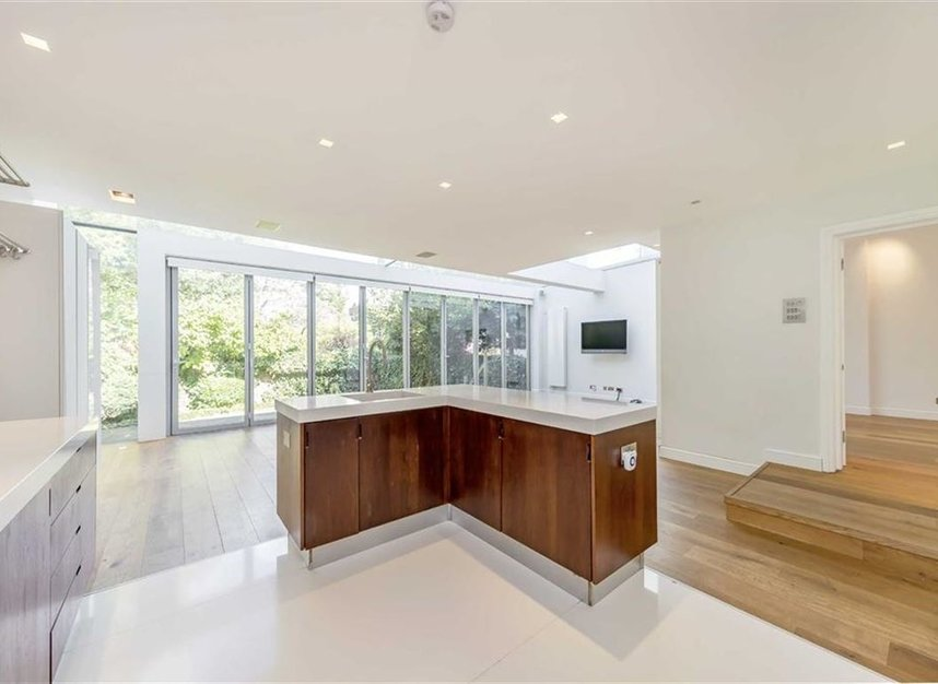 Properties to let in St. Johns Wood Road - NW8 8RB view3