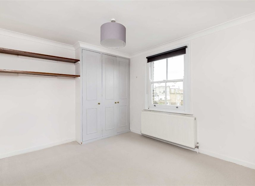 Properties to let in St. Lukes Road - W11 1DP view4