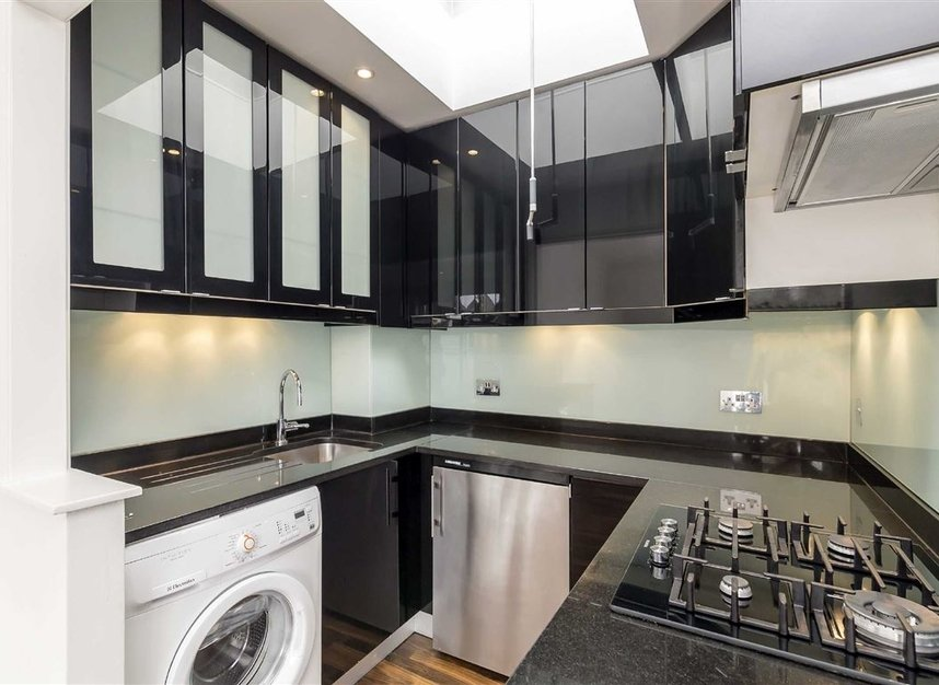 Properties to let in St. Lukes Road - W11 1DP view3