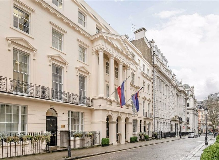 Properties to let in Suffolk Street - SW1Y 4HH view7