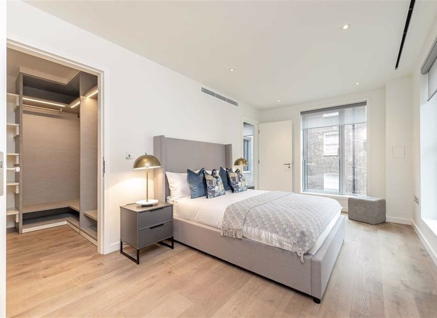 Properties to let in Suffolk Street - SW1Y 4HH view4