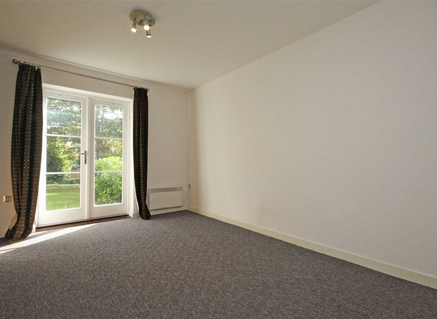 Properties to let in The Grove - TW7 4JU view4