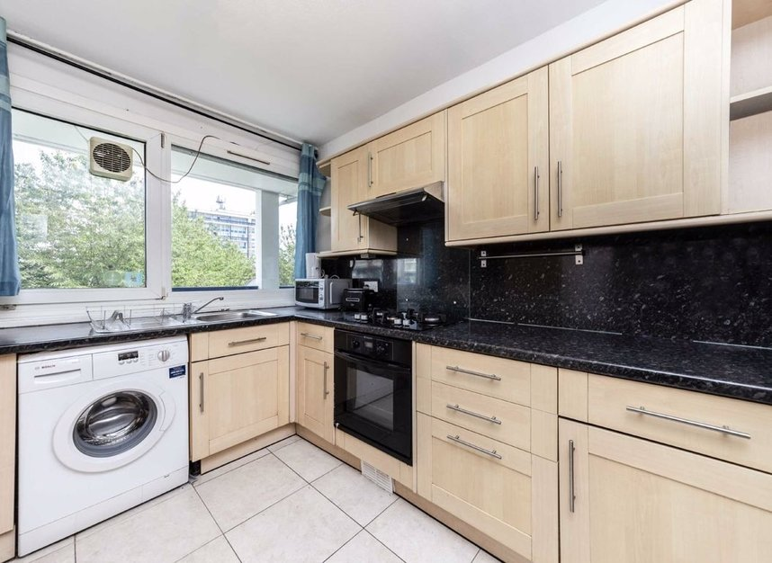 Properties to let in Twyford Street - N1 0BZ view2