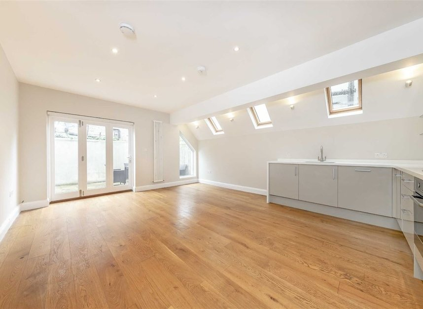 Properties to let in Tynemouth Street - SW6 2QS view2