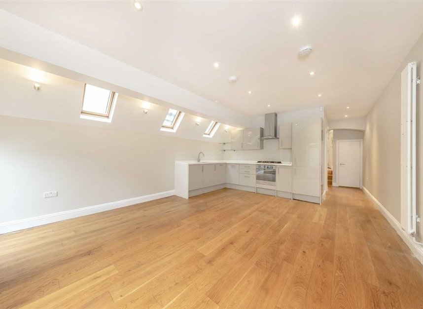 Properties to let in Tynemouth Street - SW6 2QS view3