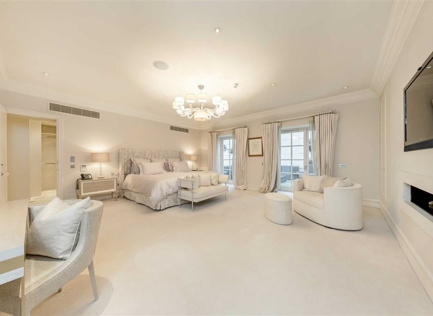 Properties to let in Upper Grosvenor Street - W1K 2NA view5