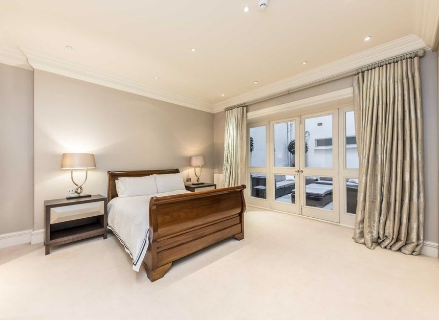 Properties to let in Upper Grosvenor Street - W1K 2NA view7