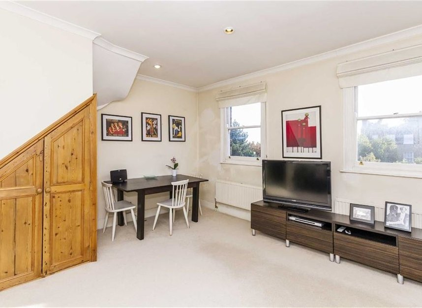 Properties let in Upper Street - N1 1RU view3