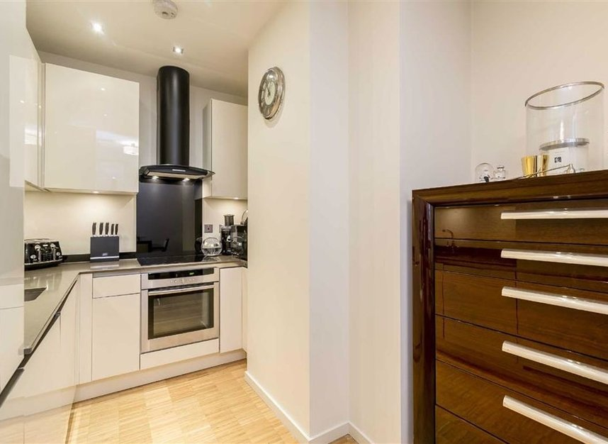 Properties to let in Wardour Street - W1F 0UF view3