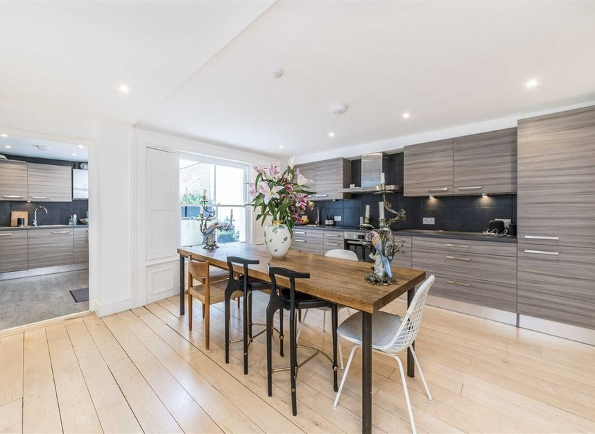 Properties to let in Westbourne Grove - W11 2SE view4